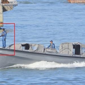 内火艇(ないかてい)・輸送艦(4003くにさき)に装備。