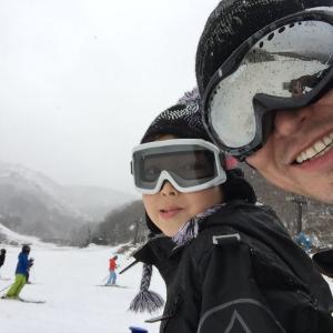 暖冬の為に白馬スキー場の雪が…