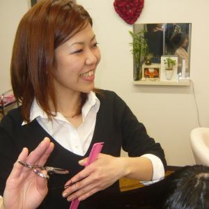 大阪生活からAct-Hairに帰って参りました。