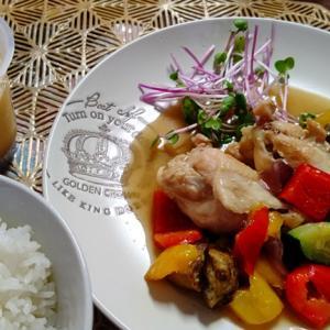 鶏手羽の濃厚白湯煮