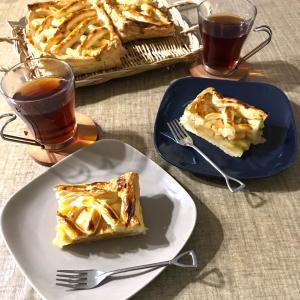 【ナチュラルキッチンでコーデ★超簡単アップルパイを焼いておうちカフェ♪】