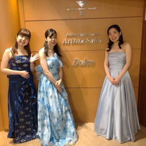 コンサートとドレス