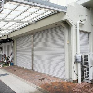 兵庫県 神戸市西区王塚台 バス道沿い 屋根付き駐車場・物置つき 事務所仕様 1階テナント