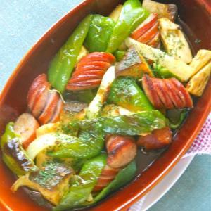 オーブントースターで簡単!野菜とソーセージのグリルほんのりカレー風味。