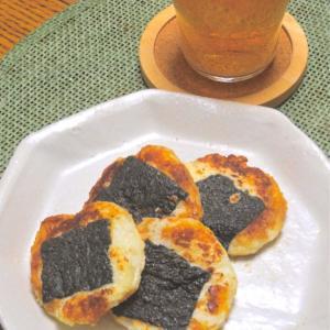 サッと焼くだけ〜簡単おつまみ!焦がし醤油が香ばしい〜大和芋の磯辺焼き。