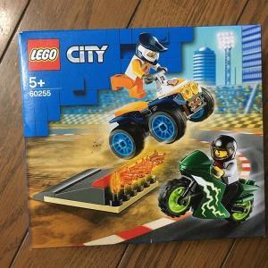 LEGO 60255 「Stunt Team」