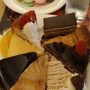 【最新版】舞浜にあるホテルオークラ東京ベイ『カフェレストラン テラス』のHalloween Sweets Collection(ハロウィンスイ-ツコレクション)なケ-キバイキングスイ-ツビュッフェ・スイ-トランチ(2019年10月)♪♪♪♪