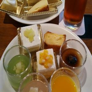 【値上再開】四ツ谷にあるニューオータニ東京『ガーデンラウンジ(GARDEN LOUNGE)』のプレゼンテーションスイーツビュッフェ・ケ-キバイキング・デザートブッフェ(2020年7月)♪♪♪♪♪♪♪
