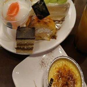 【最新版】京急川崎駅前にあるスイーツパラダイス川崎ダイス店のシャインマスカット食べ放題なケーキバイキング(2020年10月)♪♪♪♪