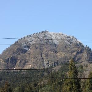 八尾の夫婦山は、雪景色だった