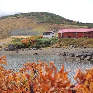 栂池高原から紅葉の白馬大池と乗鞍岳に登って来た