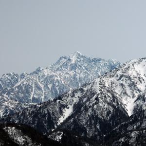 雪解け後の春の定番の山 大辻山に登ってきた