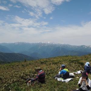 山開きの日に登って来たよ 人形山と三ヶ辻山