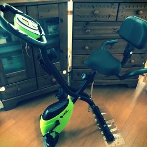 運動不足対策に、新しいエアロバイク購入