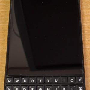 物理キーボードのスマートフォン BlackBerry KEY2 を購入 レビュー