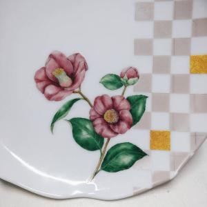 楽々絵付け椿の花