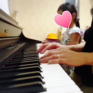 ピアノ連弾の動画撮影。