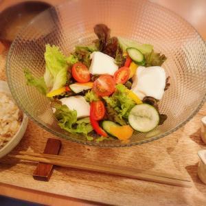 自然派?健康的な玄米ランチ。