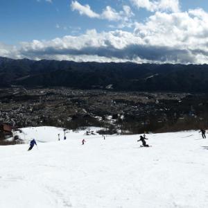 まるで春スキー