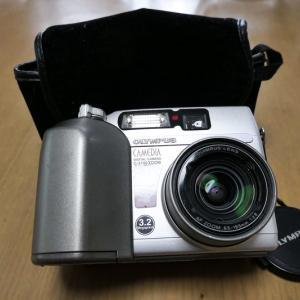 オリンパスのカメディアC-3100