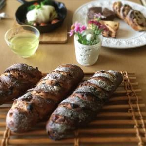 酒種のパンオフリュイと酵母スコーン