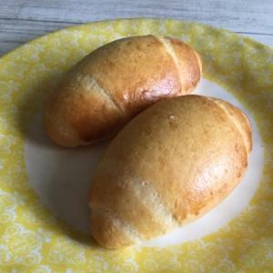 今日の酒種米粉バターロール