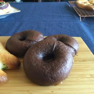 酒種米粉チョコベーグル、フォカッチャ、フーガス