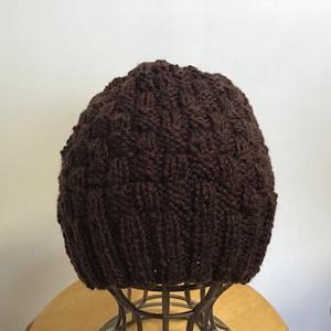 帽子を編む
