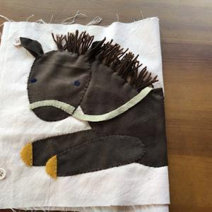 馬のアップリケ