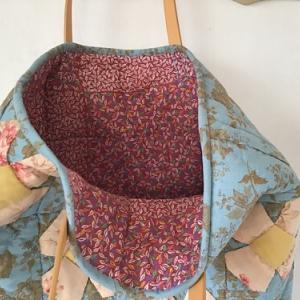 パッチワークのバッグが完成しました。