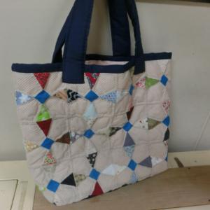 手作りバッグの残り布でポーチを作る