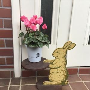 10円で買ったウサギ雑貨をリメイクして使う