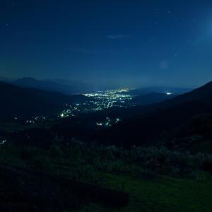 須原から見た夜景と星空