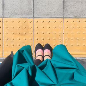 グリーンのリメイクスカート