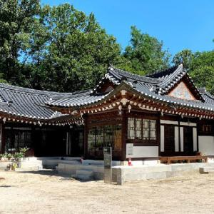 韓国で最初の建築家が設計した韓屋、恪心斎