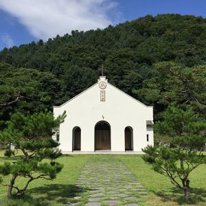金大建神父の生涯を語る美しい聖堂「隠里聖地」