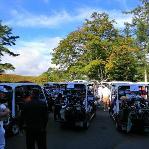 5日、軽井沢でゴルフコンペ
