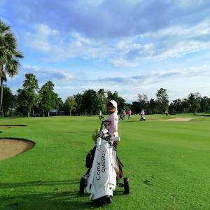 18日、Flora Ville Golfへ