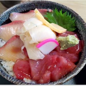 ぶりとまぐろで一色丼と為す 「すし吉(仙台市卸町)」
