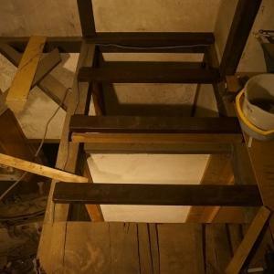Ceramics hut remodeling 081