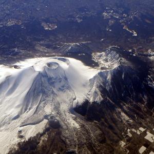 【大噴火】900年前のヨーロッパの大飢饉、日本の「浅間山」が原因だった?氷河に痕跡があるのが見つかる