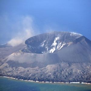 【海底火山】西之島の火山活動がまた活発化…周辺での海水の変色を広範囲で確認