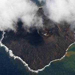 【海底火山】西之島さん...いつの間にか想像以上にデカくなっていた