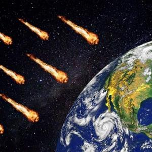 2013年、ロシア中部に落下した隕石と同等の15メートル級の隕石が地球衝突の危険性あり