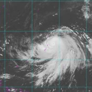 サイパン・・・猛烈な台風。