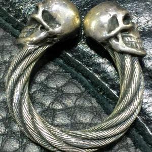 ガボラトリーのリング、スカル ケーブル ワイヤー バングル リング