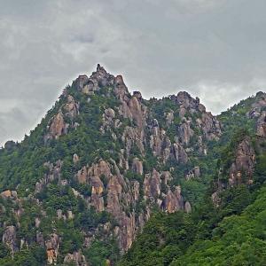 梅雨間の瑞牆山(みずがきやま)