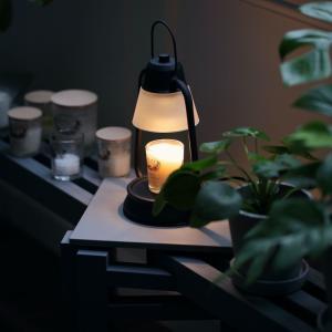秋の夜長にぴったりな香りと明かりのインテリア。