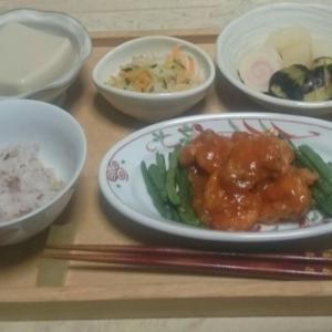 シニア夫婦の晩ご飯   鶏のチリソース