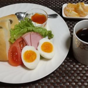 フォカッチャで朝食